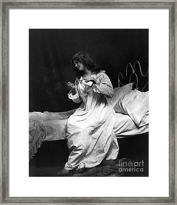 Spoonful Of Medicine, 1901 Framed Print by Science Source