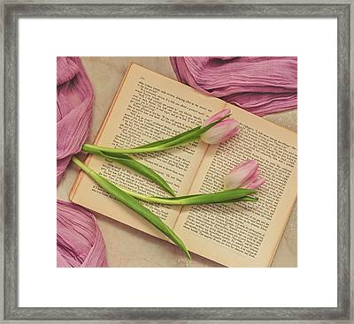 Framed Print featuring the photograph Spring Beauty 2 by Kim Hojnacki