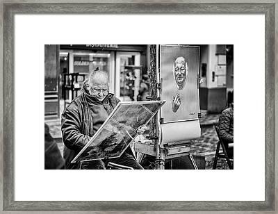 Street Artist In Montmartre Framed Print by Pablo Lopez