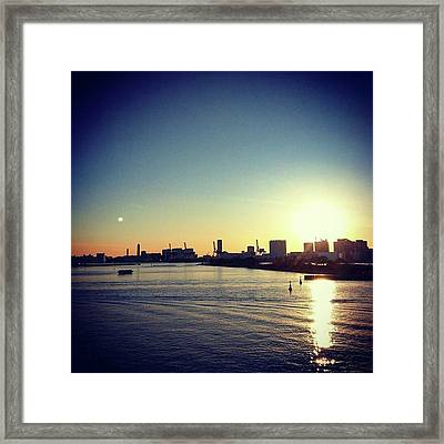#sunset  #夕焼け Framed Print by Bow Sanpo