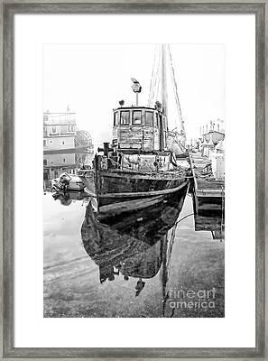 Tug Boat Framed Print by Hartono Tai