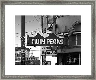 1 Twin Peaks Bar In San Francisco Framed Print by Wingsdomain Art and Photography