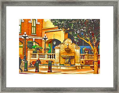 Victoria Fountain 2 Framed Print by Dale Stillman