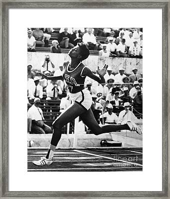 Wilma Rudolph (1940-1994) Framed Print
