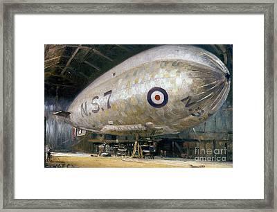 World War I: Airship Framed Print by Granger