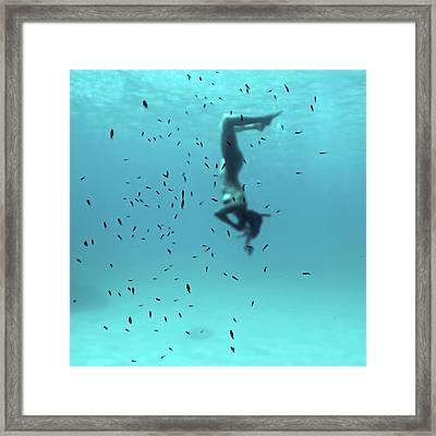 100718-4139 Framed Print by Enric Gener