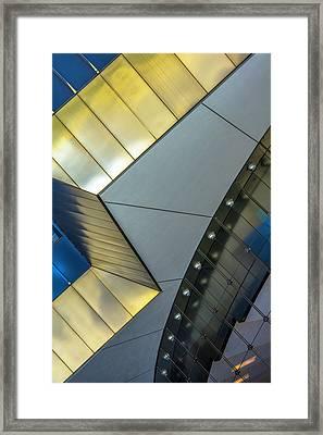 111 S Wacker Dr Dsc4333 Framed Print by Raymond Kunst