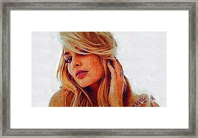 Hollywood Star Margot Robbie Framed Print by Best Actors