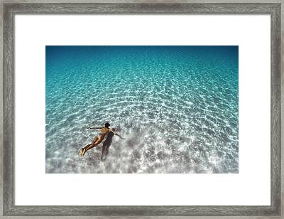 160701-0395 Framed Print by 27mm