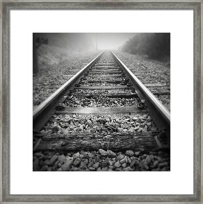 Railway Tracks Framed Print by Les Cunliffe