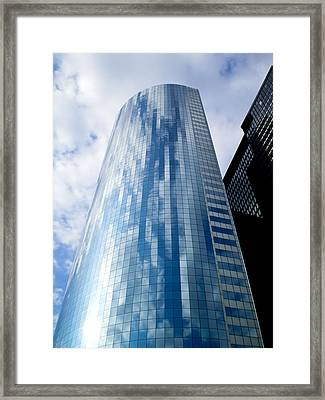 17 State St Nyc Framed Print