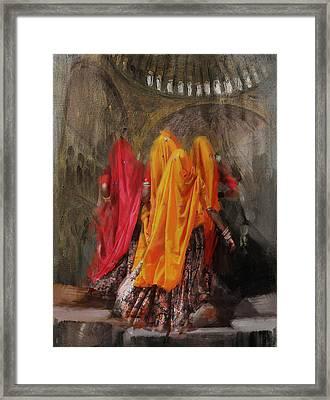19 Pakistan Folk B Framed Print
