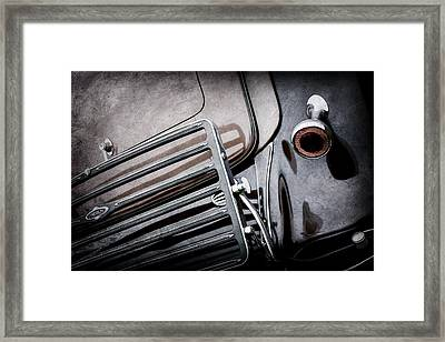 1933 Lincoln Kb Judkins Coupe Taillight Emblem -0138ac Framed Print by Jill Reger