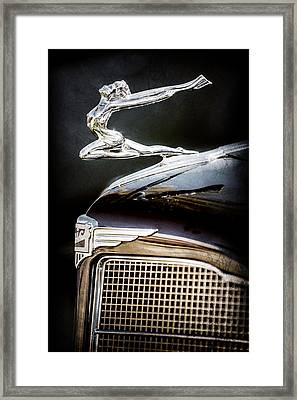 1934 Buick Series 96-c Convertible Coupe Hood Ornament - Emblem -0527ac Framed Print