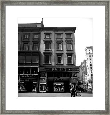 1935 Clothing Stores Of New York City Framed Print