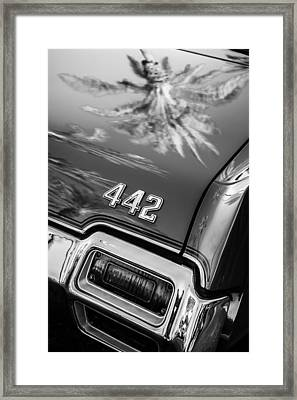 1971 Oldsmobile 442 Convertible Taillight Emblem -0445bw Framed Print