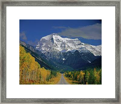 1m2441-h Mt. Robson And Yellowhead Highway H Framed Print