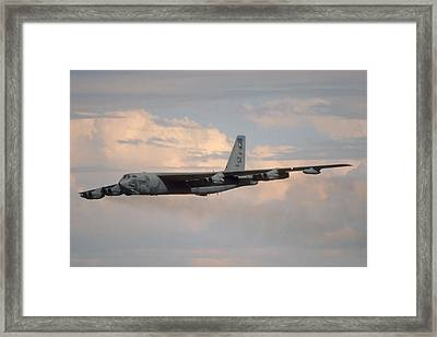 Boeing B-52g Stratofortress 59-2565 93rd Bomb Wing Castle Afb September 17 1992 Framed Print