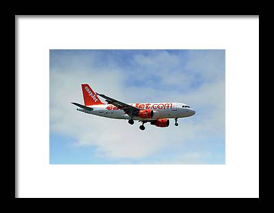 Airbus A319 Framed Prints
