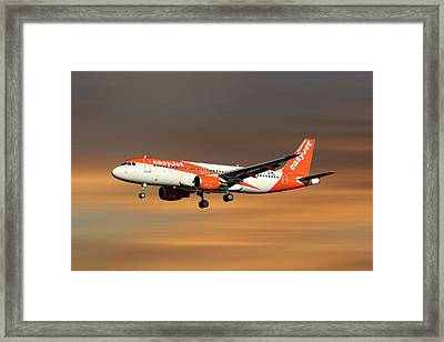 Easyjet Airbus A320-214 Framed Print