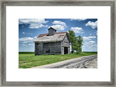 Framed Print featuring the photograph Excursion by Tom Druin