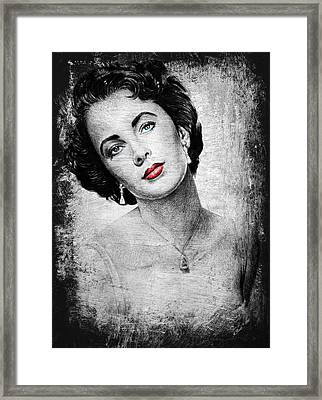Hollywood Greats Elizabeth Taylor Framed Print