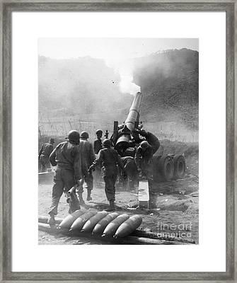 Korean War: Artillery Framed Print by Granger