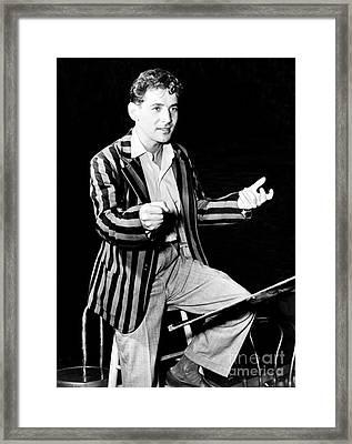 Leonard Bernstein, American Composer Framed Print by Science Source