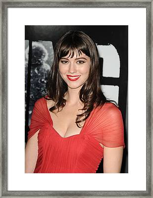 Mary Elizabeth Winstead At Arrivals Framed Print by Everett