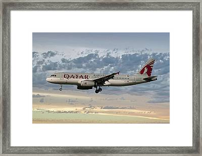 Qatar Airways Airbus A320-232 Framed Print