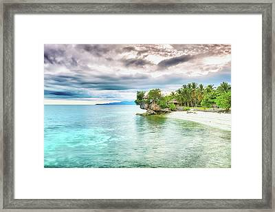 Sea Framed Print by MotHaiBaPhoto Prints