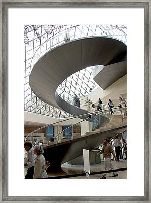 Spiral Staircase By I.m. Pei Framed Print by Carl Purcell
