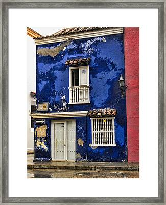 Colonial Buildings In Old Cartagena Colombia Framed Print