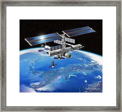 Eneide Mission To The Iss, Artwork Framed Print by David Ducros