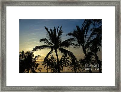Framed Print featuring the photograph Kona Sunset by Kelly Wade
