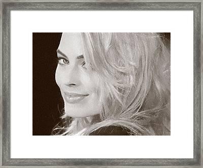 Margot Robbie Poster Framed Print by Best Actors