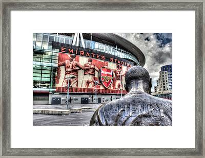 Thierry Henry Statue Emirates Stadium Framed Print
