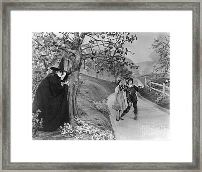 Framed Print featuring the photograph Wizard Of Oz, 1939 by Granger
