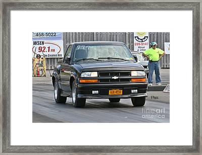 3229 05-03-2015 Esta Safety Park Framed Print by Vicki Hopper
