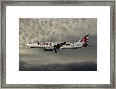 Qatar Airways Airbus A320-232 Framed Print