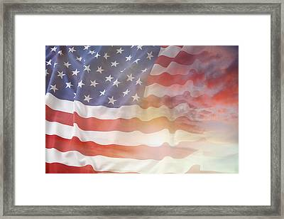 Usa Flag Framed Print by Les Cunliffe