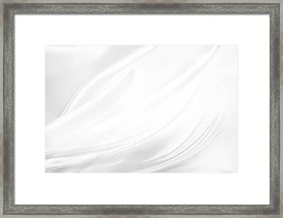 White Silk Framed Print by Les Cunliffe