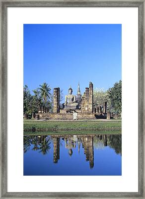 Wat Mahathat Framed Print by Gloria & Richard Maschmeyer - Printscapes