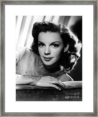 Judy Garland (1922-1969) Framed Print by Granger