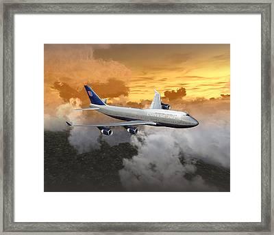 747-400 20x16 04 Framed Print
