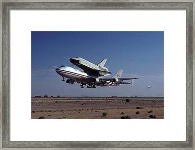 747 Takes Off With Space Shuttle Enterprise For Alt-1 Framed Print by Brian Lockett