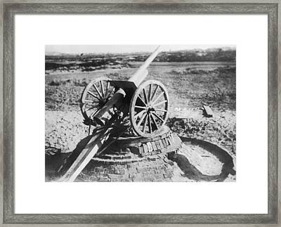 75 Mm Anti-aircraft Gun Framed Print by Underwood Archives