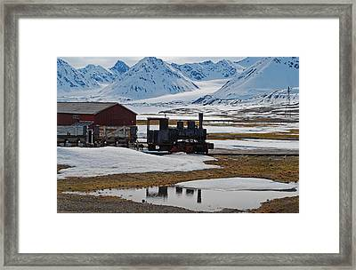 79 Degrees North H Framed Print by Terence Davis