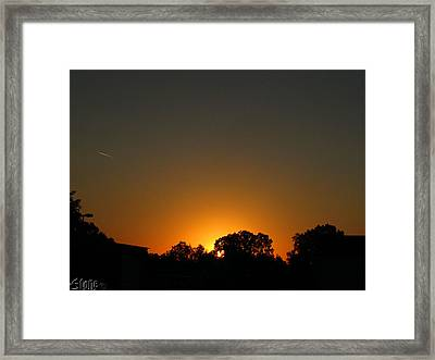 7am Sunrise Framed Print