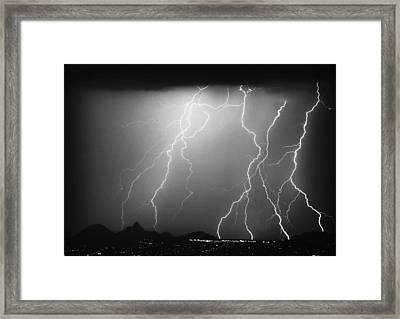 85255 Black And White Framed Print